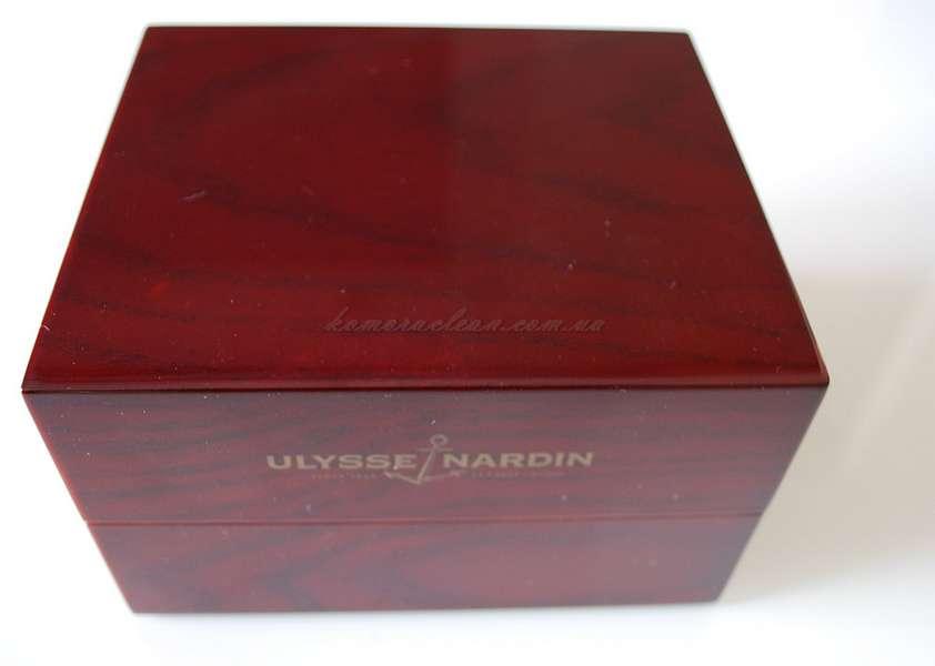 Коробка под часы Ulysse Nardin red